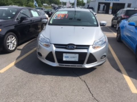 2014 ford focus hatchback owners manual